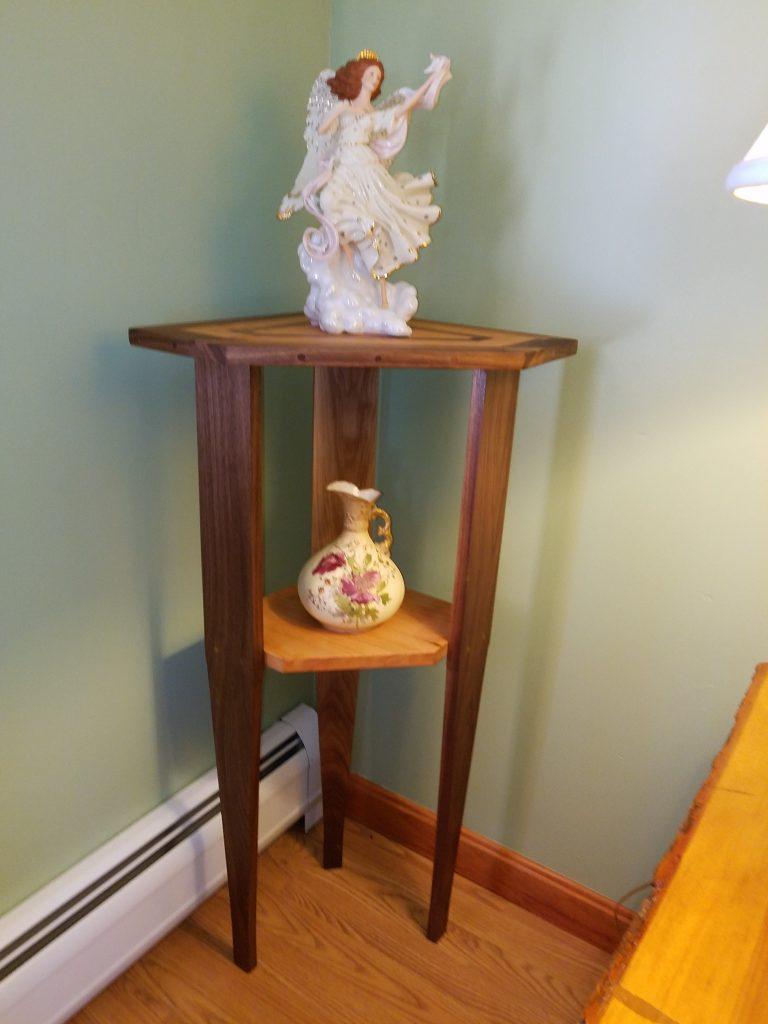 Corner Pedestal Table